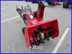 19 HONDA 32 HSS1332AATD SNOWBLOWER track drive electric start factory warranty
