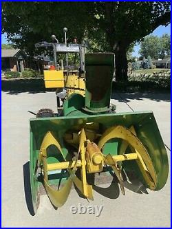 Deere 26 inch snowblower 826 2-stage electric start Newly Serviced