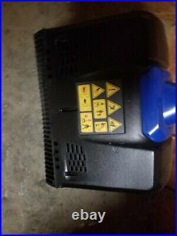 Kobalt 12 40v Max Brushless Snow Shovel Kit withBattery & Charger. KSS 2540A-06