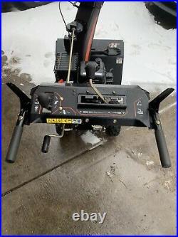 Sno-Tek 24 in. 2-Stage Electric Start Gas Snow Blower Run Good