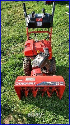 Troy Bilt Storm 8526 Snow Blower 8.5 HP Two Stage Snow Thrower Electric Start